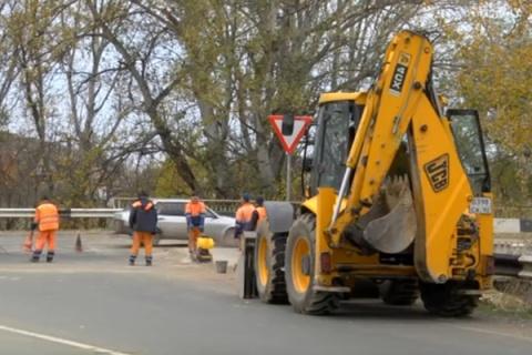 Несправившихся сзадачами пореконструкции дорог чиновников вКрыму планируют сократить