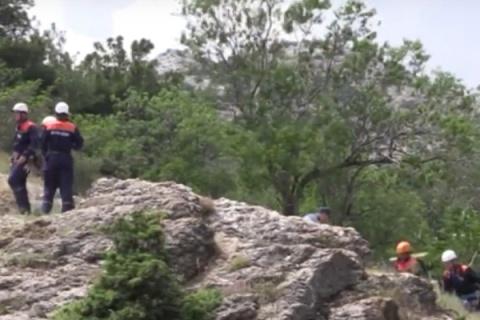 В огромном каньоне Крыма спасли четырех женщин изСевастополя